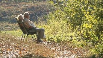 Uma Linda Reflexão Sobre A Idade, É Muito Importante Respeitar Os Mais Velhos!
