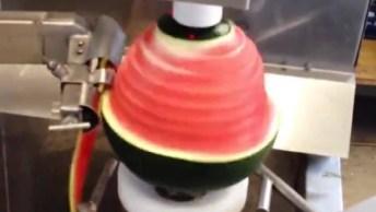 Aparelho Que Descasca Qualquer Fruta, Muito Legal Este Vídeo!