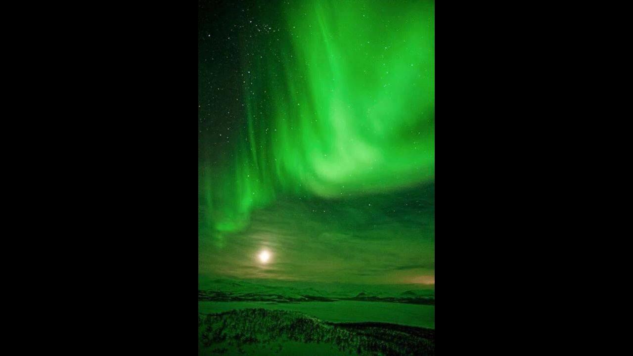 Aurora Boreal um fenômeno incrivel que acontece nos Polos Sul e Norte