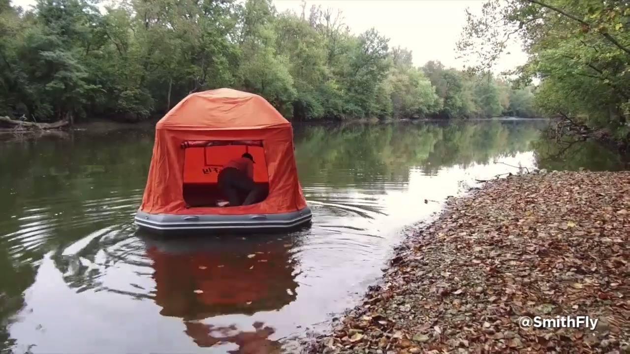 Barraca flutuante, perfeita para quem ama acampar