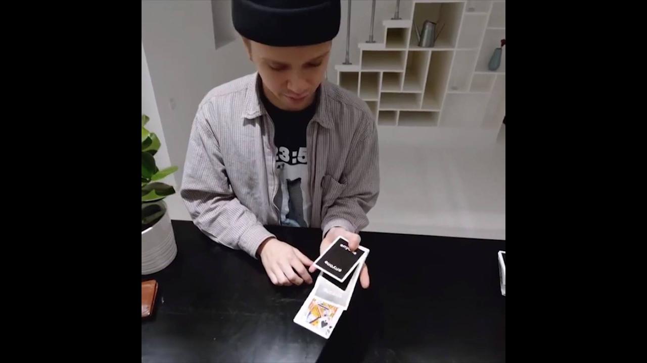 Habilidade com as mãos para mexer com cartas de baralho