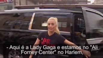 Lady Gaga Visitou Um Abrigo Lgbt Em Uma Campanha De Atos De Gentileza!