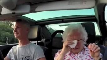 Neto Faz Surpresa Surpreendente Para Sua Avó, Veja A Reação Dela!
