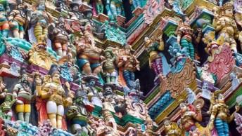 Olha Só Que Legal Esse Templo Da Índia, Lá Existem Milhares De Esculturas!