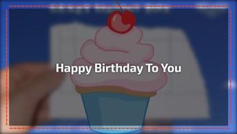 Pássaro Cantor Cantando Happy Birthday To You, Envie Para Seus Amigos!
