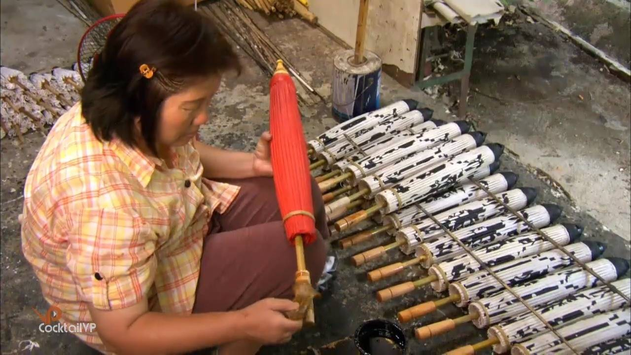Processo artesanal de guarda-sóis orientais