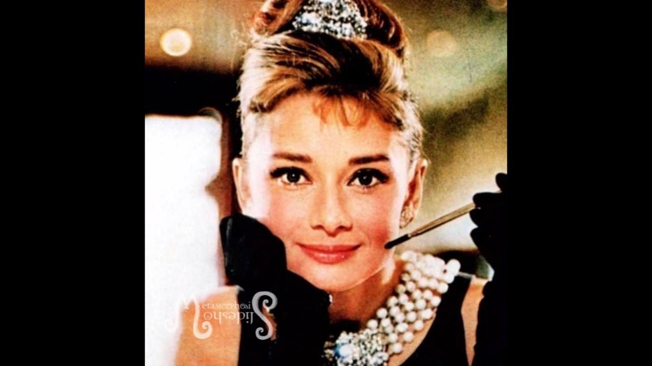 Vídeo com lindas fotos de Audrey Hepburn uma atriz fantástica