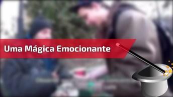 Vídeo Com Magico Fazendo Mágica Para Morador De Rua, Vale A Pena Conferir!