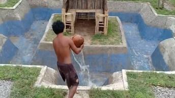 Vídeo Muito Legal De Dois Homens Que Constroem Piscina Com Suas Mãos!