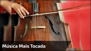 A Música Que Tem Conquistado O Mundo Todo Tocada No Violoncelo 'Despacito'!