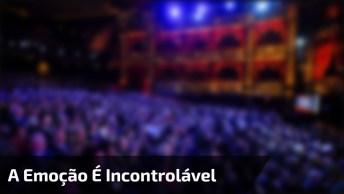 Ave Maria Com Andrea Bocelli, A Emoção É Incontrolável, Confira!