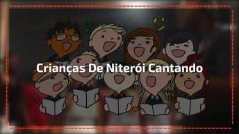 Crianças De Niterói Cantando 'We Are The World' De Michael Jackson!