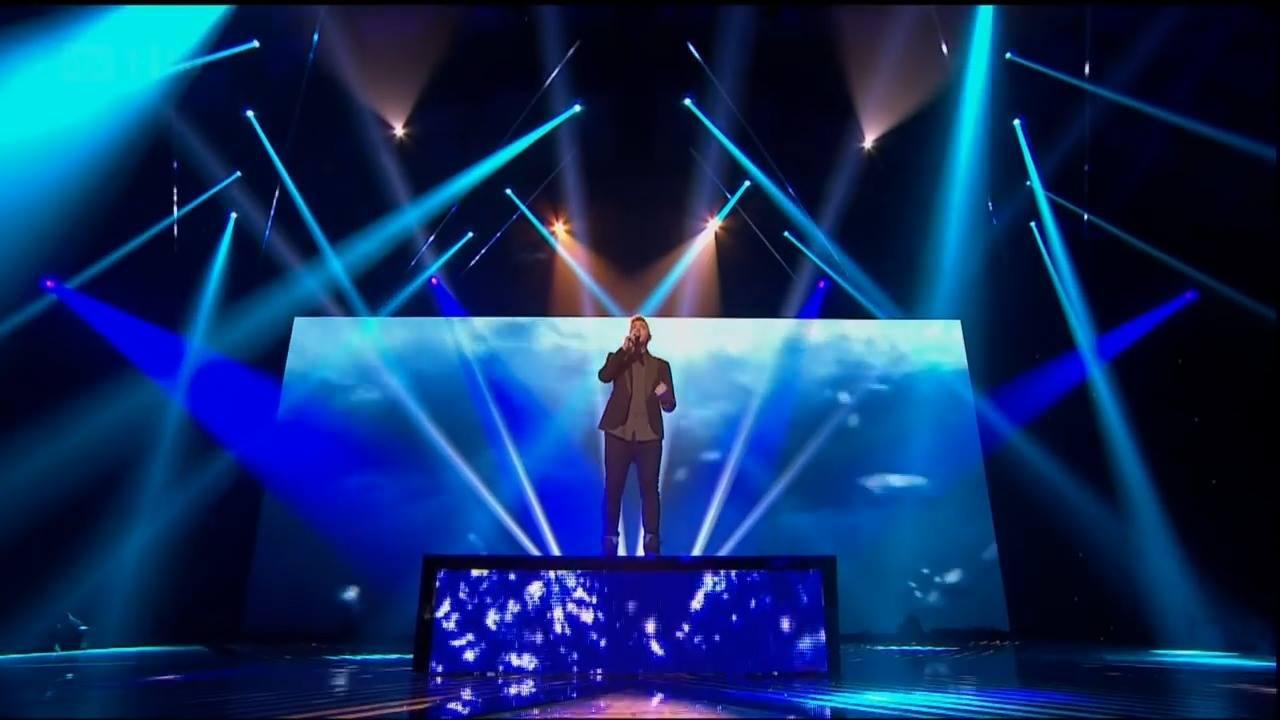 Musica Impossible na voz de James Arthur no programa The X Factor