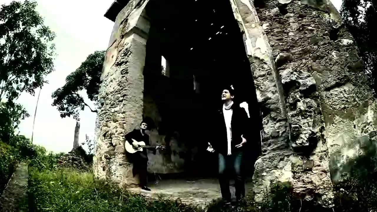 Vídeo com música evangélica Hora de vencer com André e Felipe