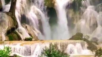 Cachoeira Belíssima, Parece De Algum Cenário De Filme De Tão Bela!