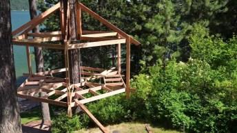 Casa Na Árvore No Meio Da Natureza, Simplesmente Fantástico!