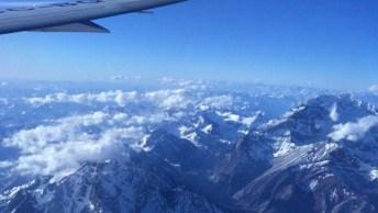 Cordilheira Dos Andes Vista Da Janela De Um Avião, Olha Só Que Lindo!