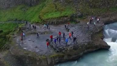 Gullfoss Na Islândia, Uma Das Quedas D'Água Da Natureza Mais Lindas!