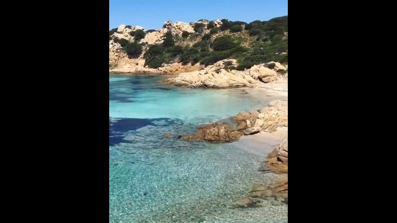 Ilha Caprera na Itália, veja que lugar maravilhoso