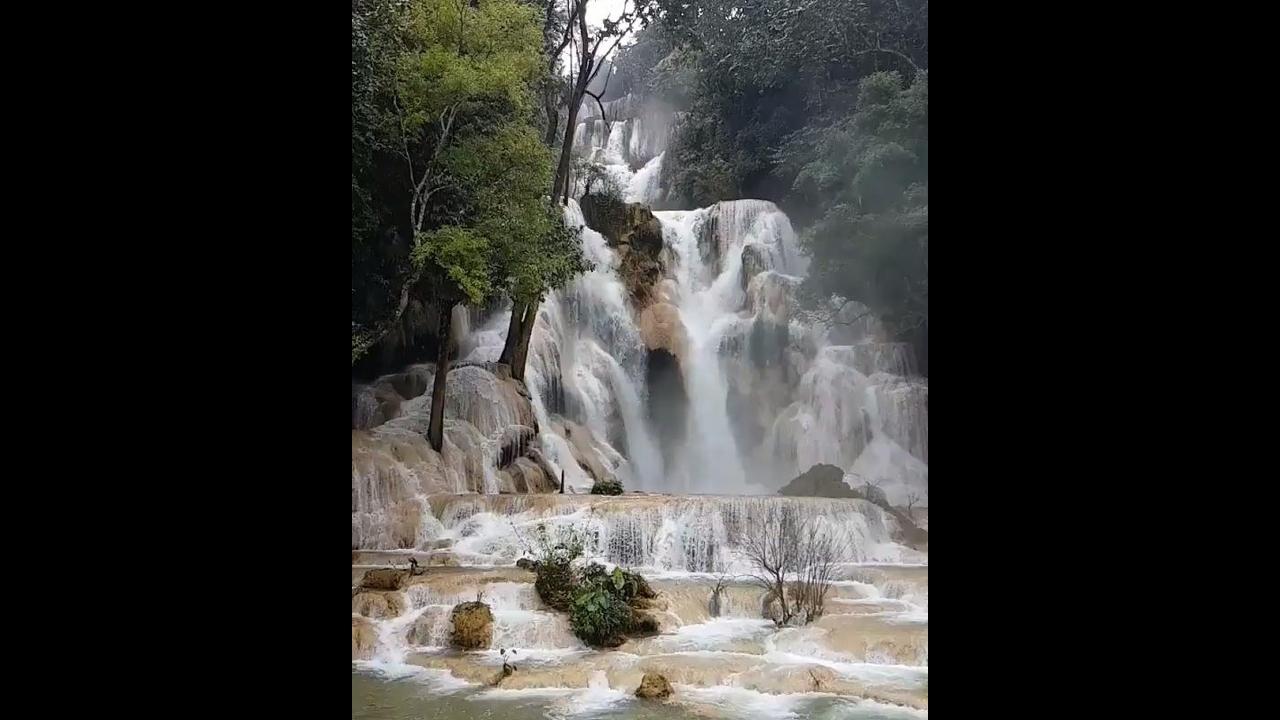 Imagem maravilhosa de uma cachoeira, deslumbrante