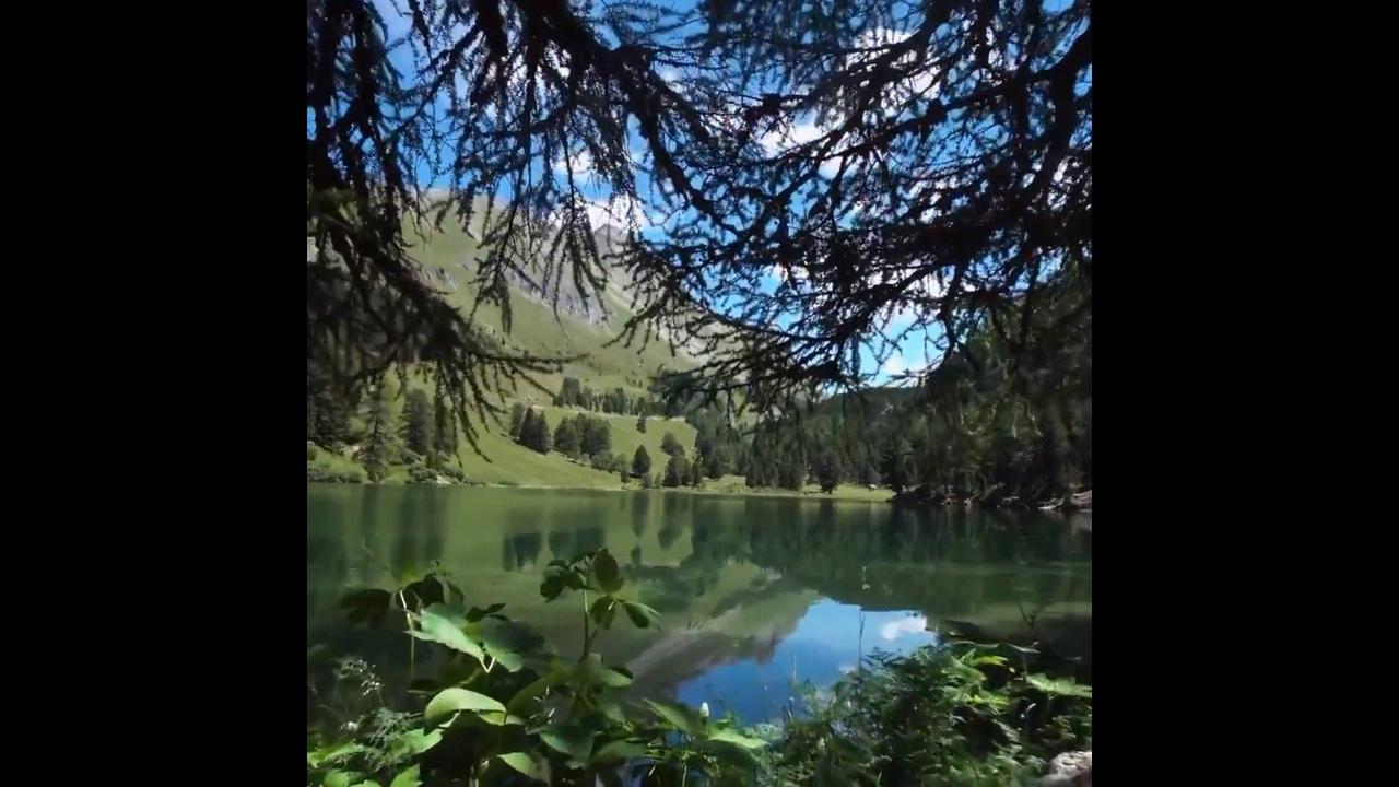 Lago de Palpuogna na Suíça