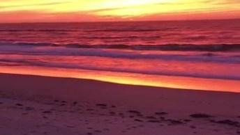 Lindo Por Do Sol A Beira Da Praia, Olha Só Que Imagem Mais Linda!