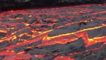 Mar De Lava, Como A Natureza É Misteriosa, Veja Como Essa Lava Desce Sem Parar!