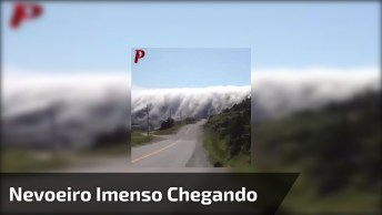 Nevoeiro Gigante Chegando Na Cidade, Parece Uma Cena De Filme De Terror!