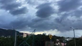 Nuvem Estranha No Céu De Costa Rica, A Natureza É Mesmo Surpreendente!