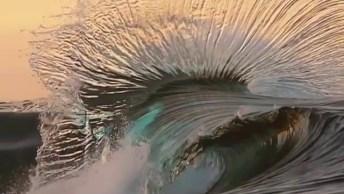 Onda Do Mar Em Câmera Lenta, Um Espetáculo Da Natureza, Confira!