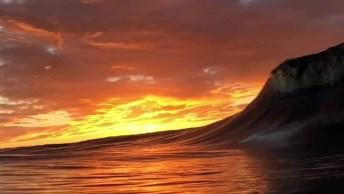Onda Do Mar Sob O Por Do Sol, A Imagem Mais Linda Que Você Vai Ver Hoje!