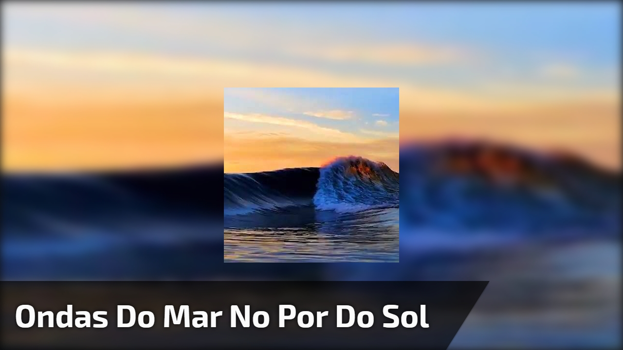 Ondas do mar no por do sol