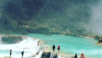 Pedacinho Do Paraíso Em Algum Lugar Do Mundo, Olha Só Estas Quedas D'Água!