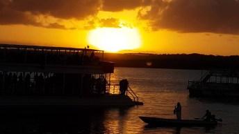 Por Do Sol A Beira Mar, Uma Linda Imagem Para Ser Observada!