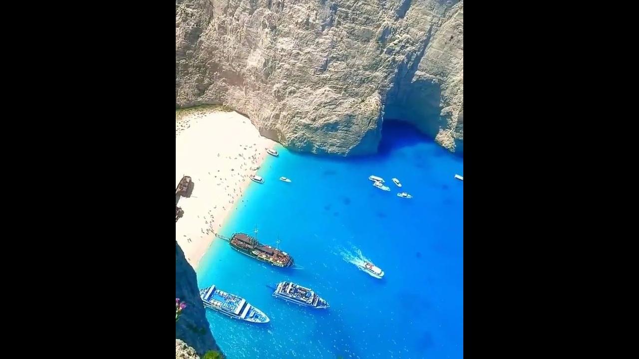 Praia de Navagio na Grécia - Um paraíso na terra, confira!