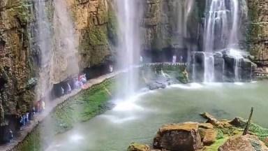 Quada D'Água Maravilhosa, A Natureza É Espetacular, Vale A Pena Conferir!