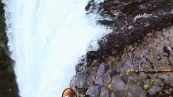 Queda D'Água Maravilhosa De Nossa Maravilhosa Natureza, Simplesmente Lindo!