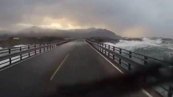 Rodo Via Que Passa Por Cima Do Oceano Atlântico Na Noruega!