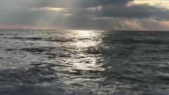 Som Do Mar E Lindo Por Do Sol, Nada Melhor Para Relaxar, Confira!