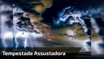 Tempestade Assustadora Em Cazaquistão, O Céu Simplesmente Escureceu!