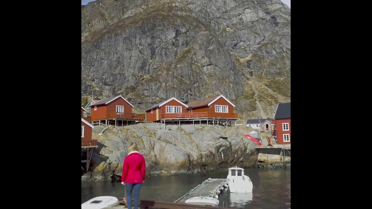 Vídeo mostrando as belezas da Noruega um lugar cercado por natureza