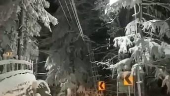Vídeo Mostrando Estrada Coberta De Neve, Veja Que Imagens Mais Lindas!