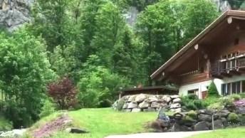 Vídeo Mostrando Linda Casa Em Uma Montanha Na Suíça, Olha Só Que Lugar!