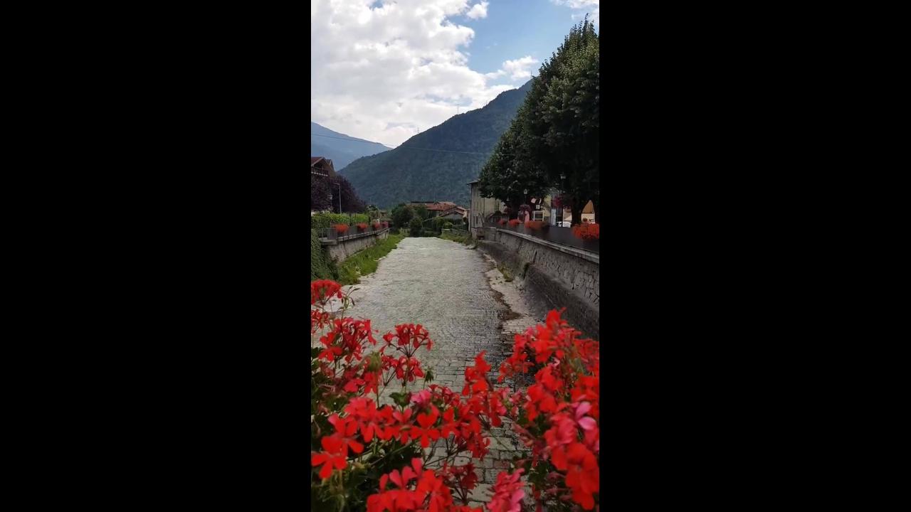 Vídeo mostrando lindo lugar repleto de natureza