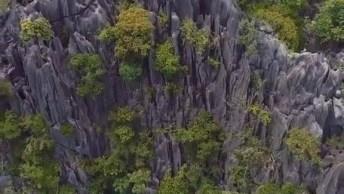 Vídeo Mostrando Lugar Maravilhoso Em Algum Lugar Do Mundo, A Natureza É Linda!