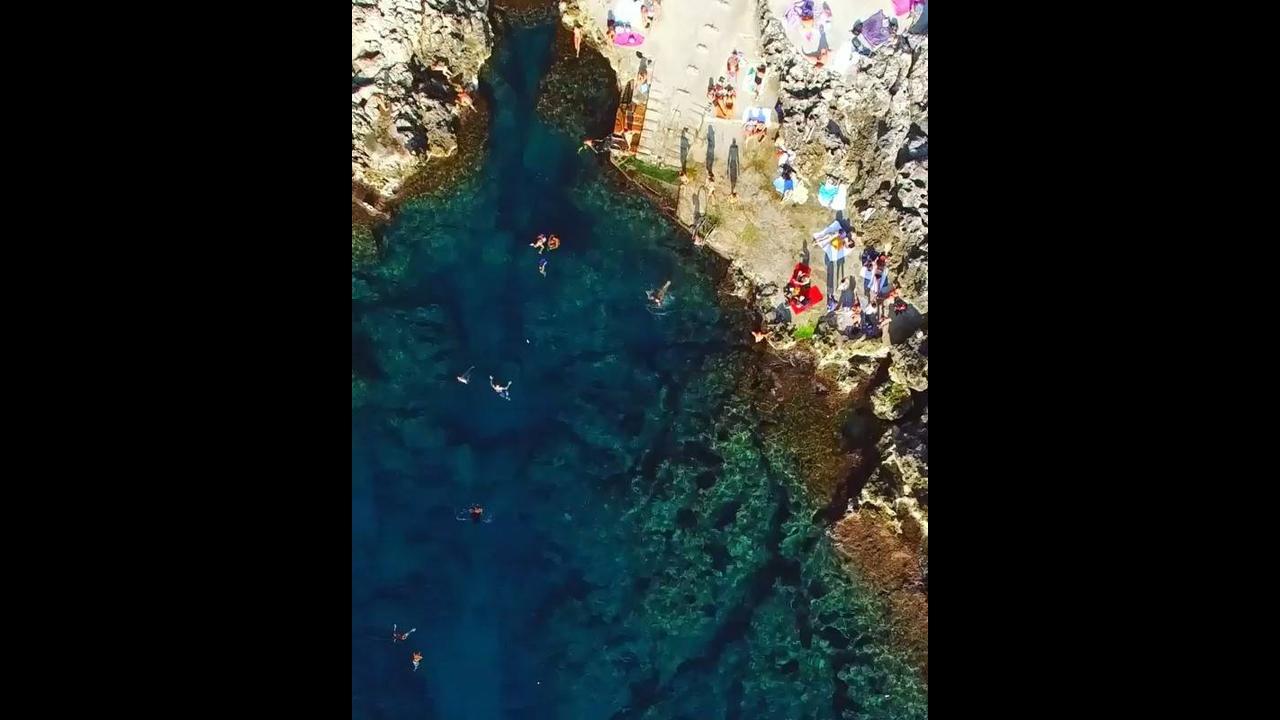 Vídeo mostrando um pedacinho Capri-Itália, simplesmente magnifico este lugar!!!