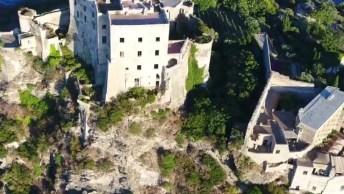 Vídeo Mostrando Um Pouquinho Do Castelo De Aragão Em Uma Ilha Na Itália!