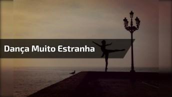 Dança Para Seduzir O Capeta, Simplesmente Aterrorizante!