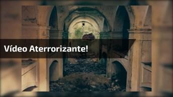 Imagens Assustadoras Flagradas Por Câmeras De Vídeo, É Aterrorizante!