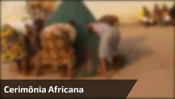 Rituais Em Tribos Africanas Deixam As Pessoas Com Uma Pulga Atras Da Orelha!